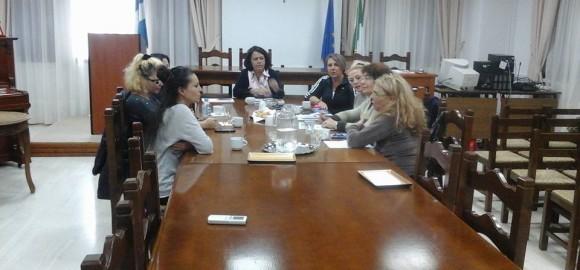 Σύσκεψη για τα αδέσποτα, της Αντιδημάρχου Ζαγοράς - Μουρεσίου με τους εθελοντές