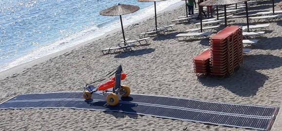 Συστήματα πρόσβασης ατόμων με κινητικά προβλήματα στην παραλία του Αι -Γιάννη και στο Χορευτό