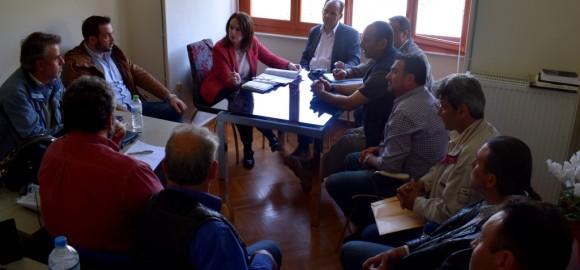 Συνάντηση με την Υφυπουργό Οικονομικών για τους δασικούς χάρτες