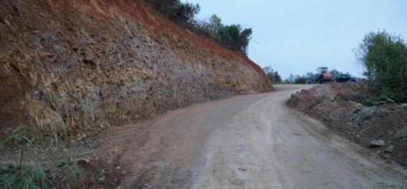 Εργασίες αποκατάστασης τμημάτων του οδικού δικτύου στον Δήμο Ζαγοράς - Μουρεσίου